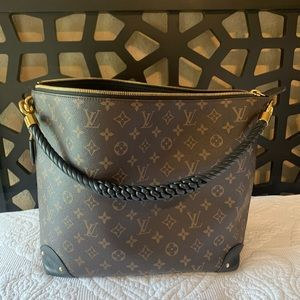 Louis Vuitton Triangle Softy Reverse Monogram